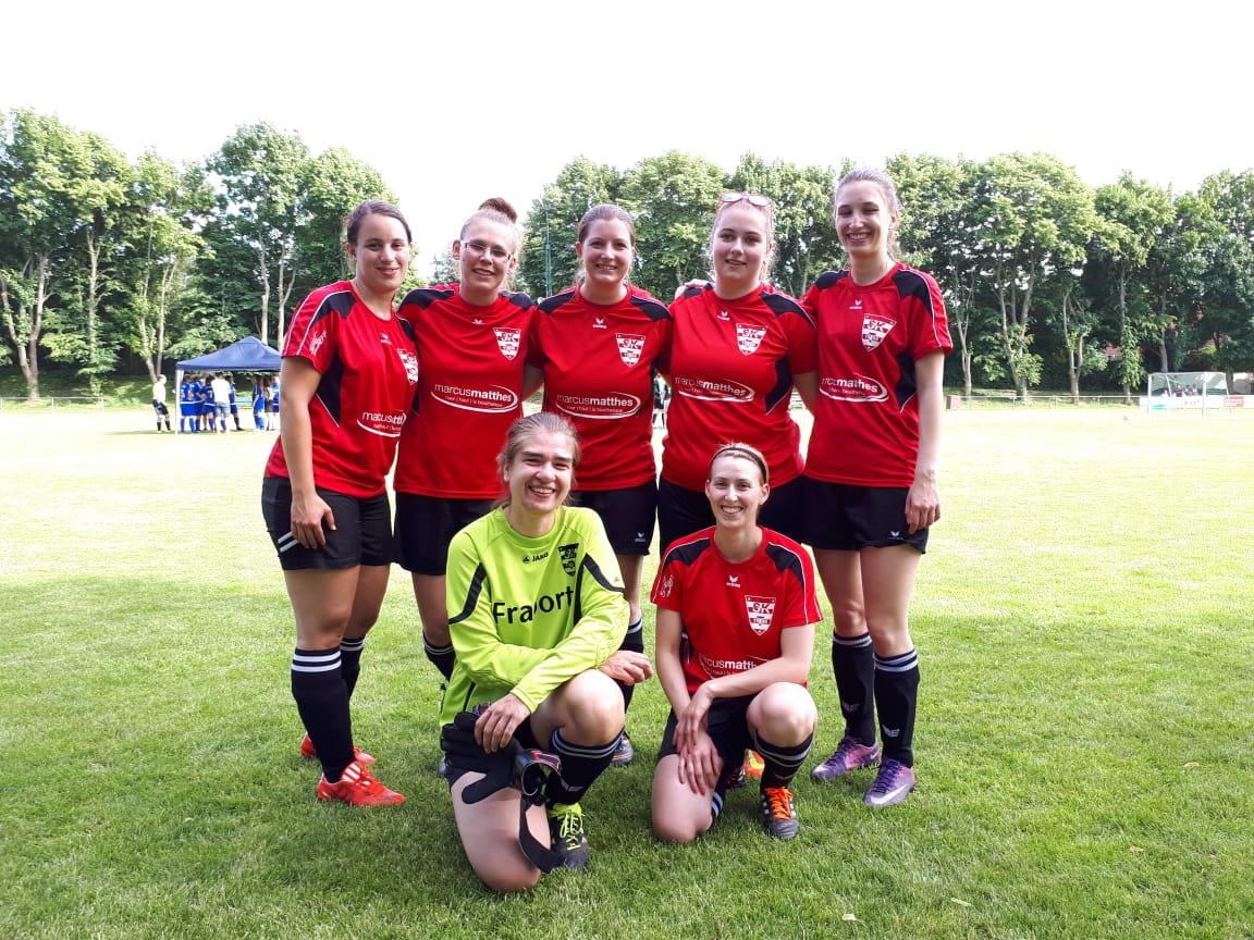 Teilnahme Schmucker Girls an Turnier in Uelversheim am Fronleichnam